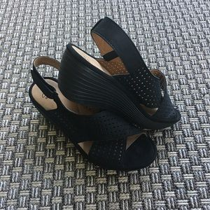 Clark's Clarene wedge sandals size 9